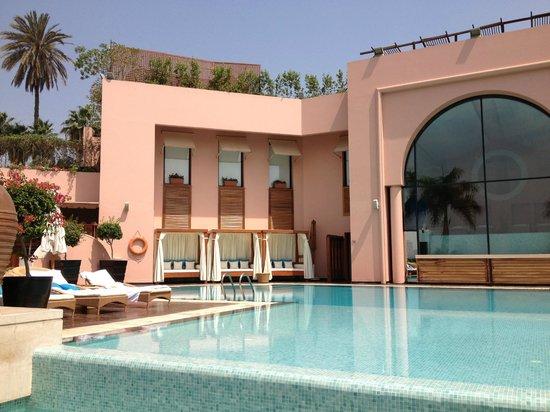 Sofitel Cairo El Gezirah: The pool area