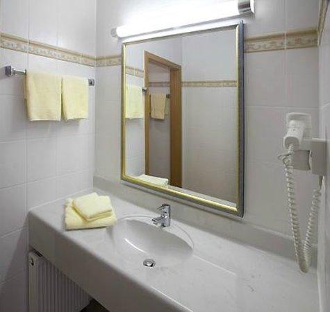 Chalet Sonnenhang Oberhof: Blick in ein Badezimmer