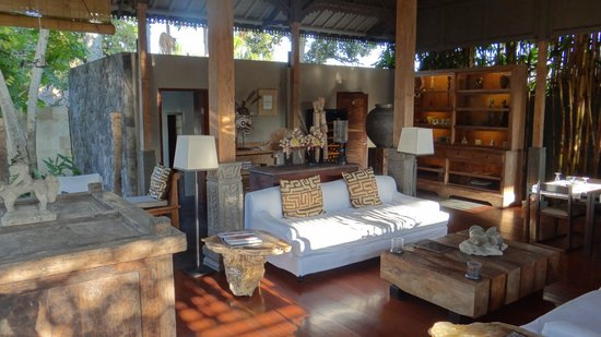 The Purist Villas and Spa: The Living Room/Reception Area