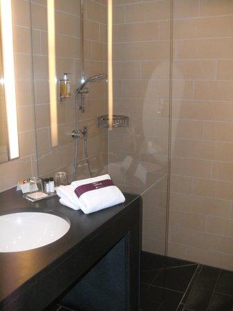 Ameron Hotel Regent : Badezimmer