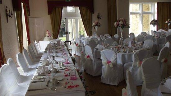 Wedding Ceremony Wedding Reception At Cave Castle East Yorkshire