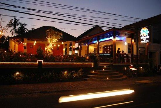 Coconut Bali Resto