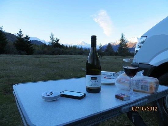Mount Cook Glentanner Park Centre: vista al atardecer