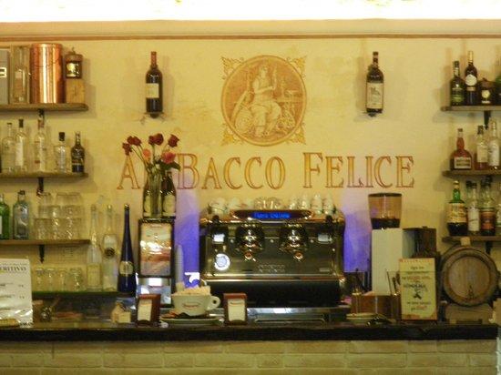 Al Bacco Felice: il bar