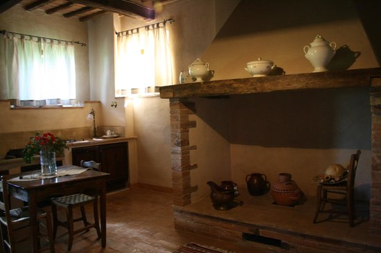 Villa Cicolina: La cocina de la habitación