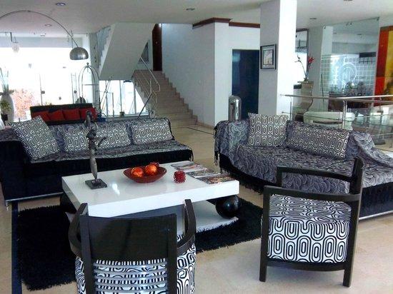 Atlantis Plaza Hotel: lobby