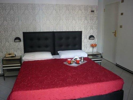 Hotel La Nidiola : Camera