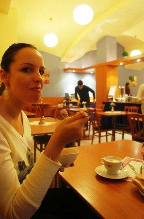 Adeba Hotel: Завтрак - очень хороший