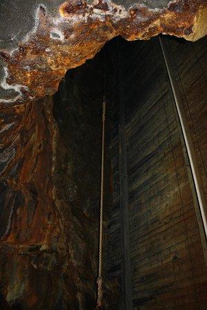 Falu Gruva: Hole stuff passed through