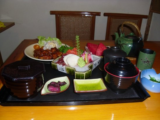 Corus Hotel Kuala Lumpur: Lunch at Japanese Restuarant...YUM