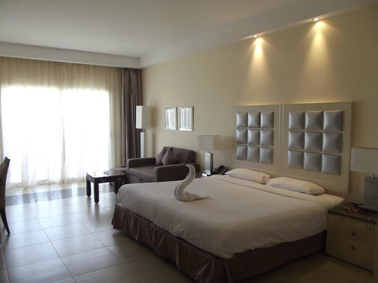 Tropitel Sahl Hasheesh: king size bed