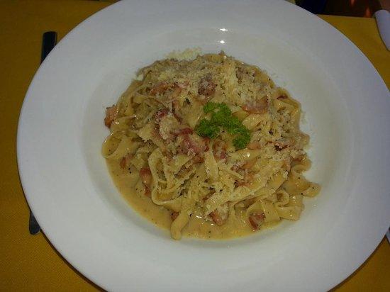 New Especias: Fettuccini carbonara
