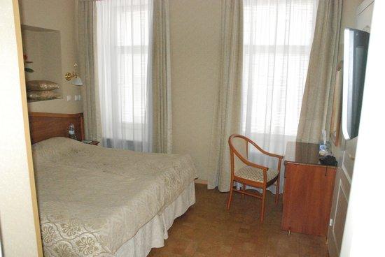 Comfort Hotel: suite nuptiale - chambre