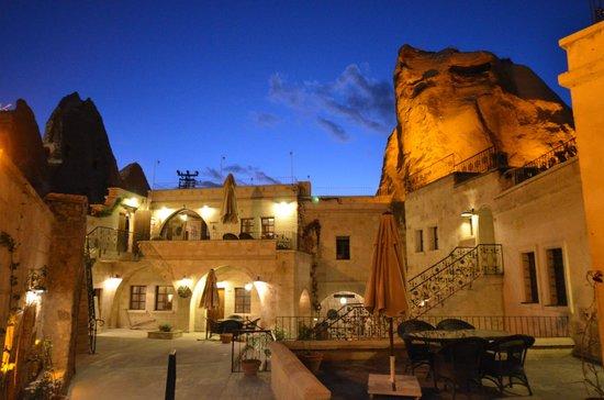 Cappadocia Cave Suites: Recepsion