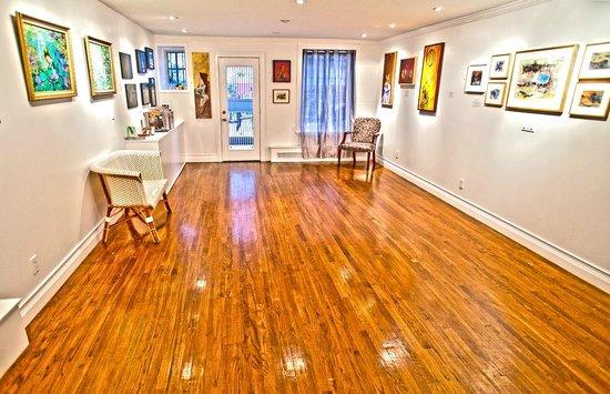 La Maison d'Art: Lounge & Art gallery