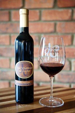 The Vineyard at Grandview: Mom Kennel's Blackberry Wine