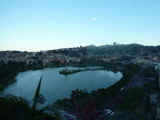 Hotel Carlton Antananarivo Madagascar: vue de la chambre