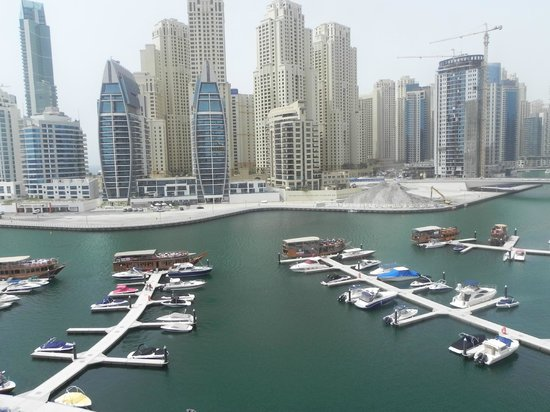 Lotus Hotel Apartments & Spa, Dubai Marina: Daytime view from our balcony