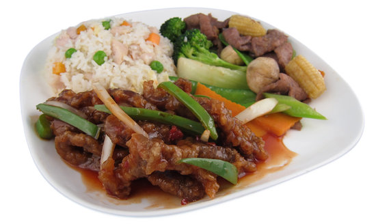 Hui's Wontons: Ginger Beef Lunch Combo