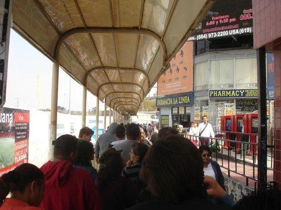 City Express Tijuana Rio: Fronteira a pé Tijuana X San Diego