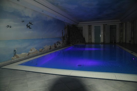 Heselbacher Hof: la piscine interieure