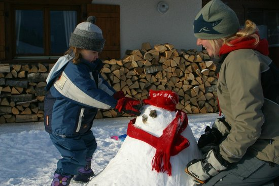 Simply Morzine - Chalet Carving : Guests