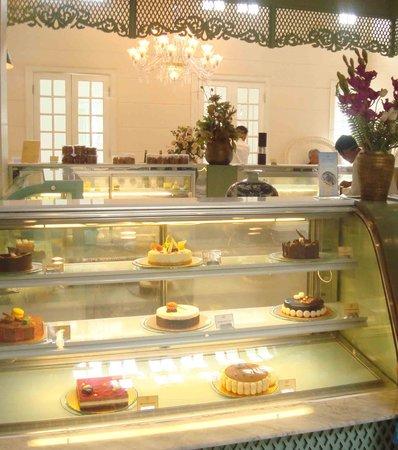 Acacia Tea Salon: ground floor