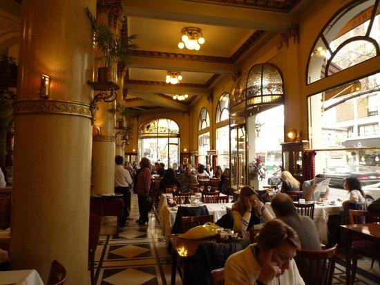 """Hotel Boutique Raco de Buenos Aires: Café-restaurant """"Las Violettas"""""""