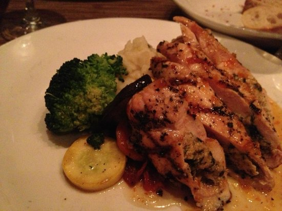 Philip Marie Restaurant: Grilled Spinach and Artichoke Stuffed Chicken Breast