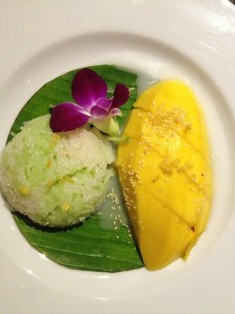 Rendez-Vous Wine Dine Coffee: mango sticky rice