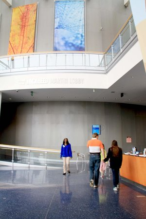 Maryland Science Center : Entrance lobby