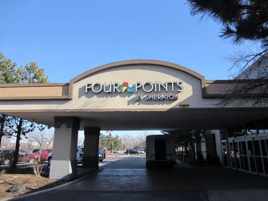 Four Points by Sheraton Chicago O'Hare Airport: Four Points entrance
