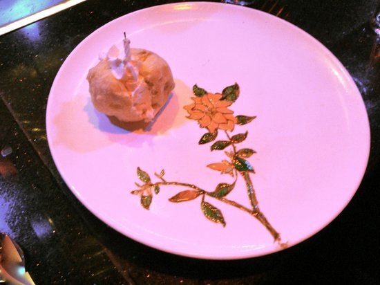 Shogun Hibachi Restaurant: birthday surprise