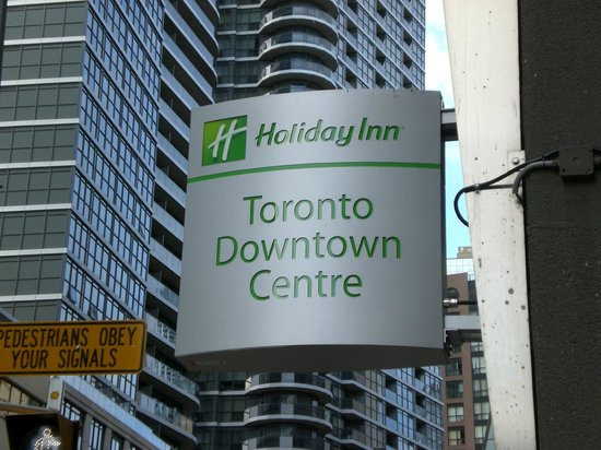 holiday inn toronto downtown picture of holiday inn. Black Bedroom Furniture Sets. Home Design Ideas