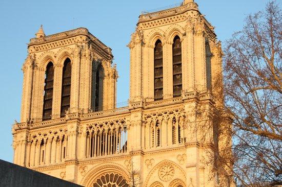 Hotel le Notre Dame: Notre Dame