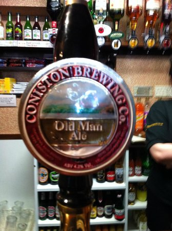 A Crackin' Ale in the Three Shires Inn