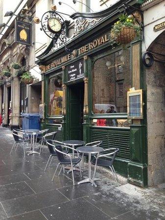Safestay Edinburgh : Near the Royal Mile