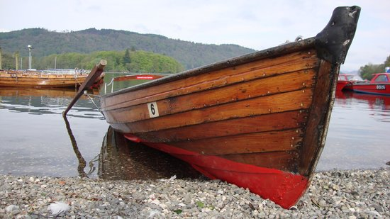 Invergarry Guest House: Rowing Boat on Windermere
