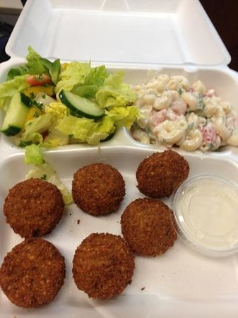 Zaytoon Clinton: to go : falafel and more only $5