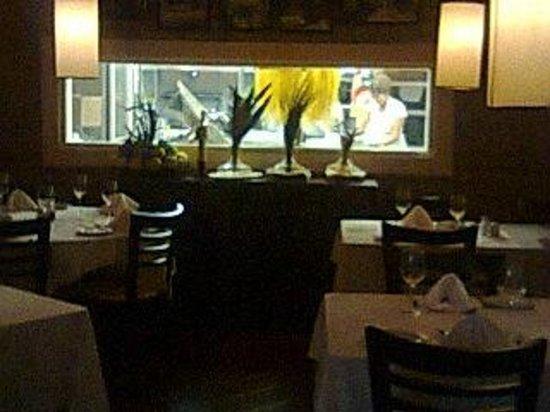 Ristorante La Toscana: excelente.. miren las pastas colgadas!!