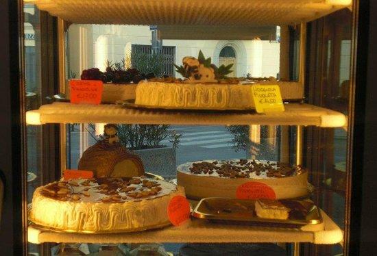 Bar Centrale: torte gelato e semifreddi fatti a mano