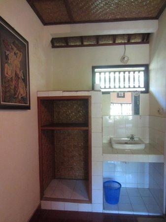 Danasari Homestay : Spacious room