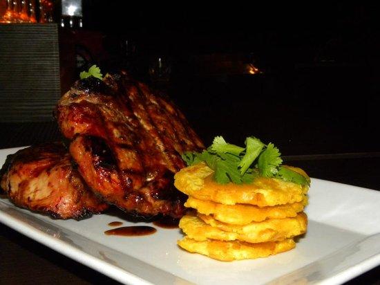 Mugs Restaurant: Jacobos Pork Chops (1 pound)
