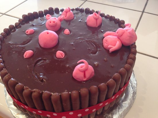 Ibiza Club Sandwich: Cadburys pigs in mud cake