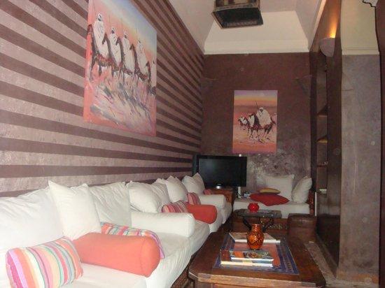 Riad Arocha: salle tv