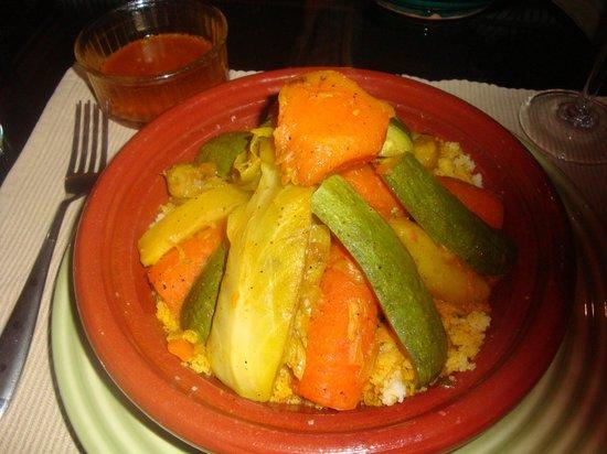 Riad Arocha: couscous aux légumes et agneau