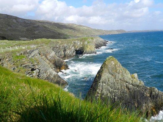 Rockmount House: Blick zu den Cliffs