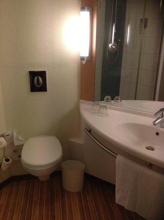 Ibis Alger Aéroport Hotel : sanitaire