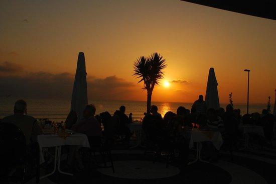 Nova Beach: Restaurant Aussicht