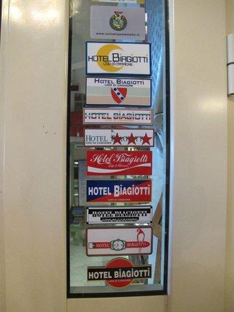 Hotel Biagiotti : Vicino alla reception